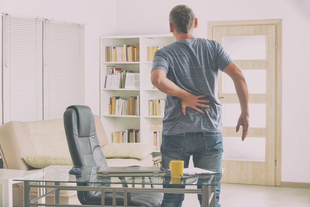 Pros and Cons of Standing Desks